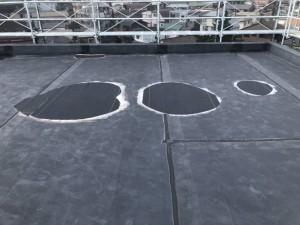 屋上の水溜り