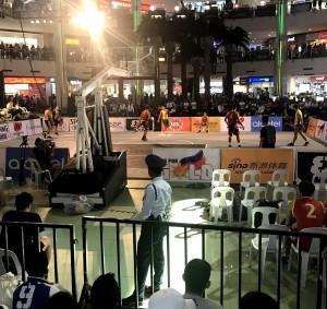 11052021 ショッピングモール内でのバスケの大会